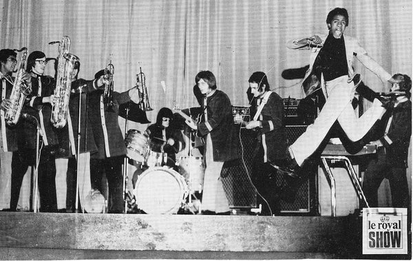 Vigon in 1969 with a Vox Supreme and Super Foundation Bass amp