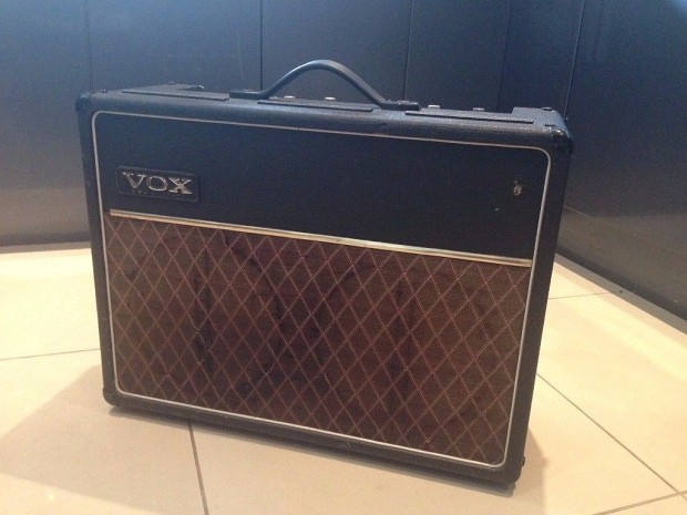 Early (pre-production) Vox Traveller, late 1966